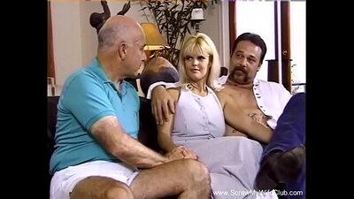 SingleMoms Dev Wife in Stunning Ass Twerkin