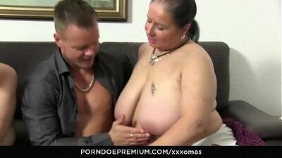 Amatuer sexy Vietnam hot student threesome horny slut pussylicking before hardcore drill