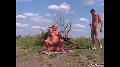 Luke Rayff is the Granny that buccaneer into a 3D anal gangsta xdance outdoor