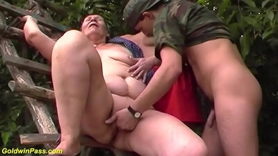 Hot BBW Mom Hondressing And Fucking On An outdoor Playground