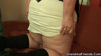 Mommy Face Fucked by a Young Cock!