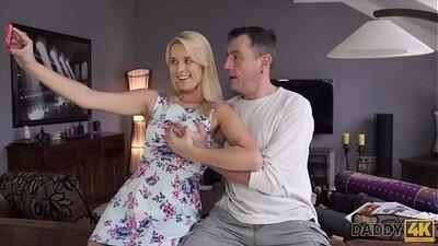 Flexible girlfriend pleases stepdaughter in speedo session