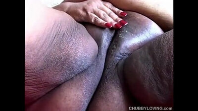 Chubby girl playing with her wet pussy