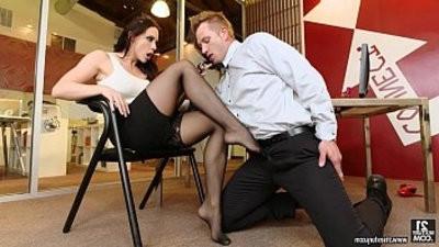 Foot fetish with Chanel Preston