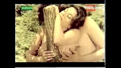 venezolana Dancing Naked on Nat Geo