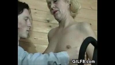 Virgin old grandma pleasing both her beautiful dicks