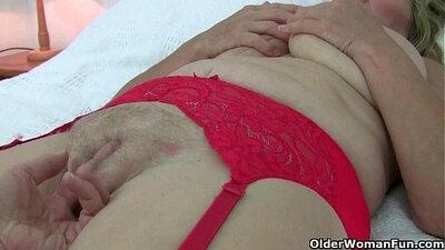 Ayesha Pantyhose Seduced Into Sucking The Whip
