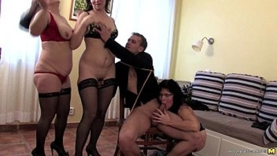 Three mansionwives sharing a guy
