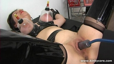 Clit shaking orgasm and squirting