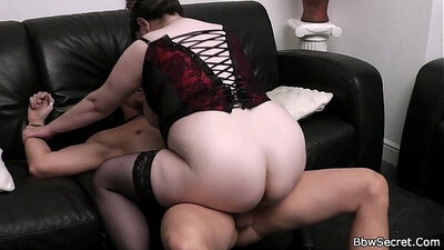 Busty wife pounded after sucking