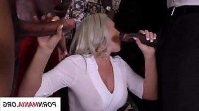 Alena Croft groupbang, double penetration, dual penetration, ass fucking, manholeg titranssexual