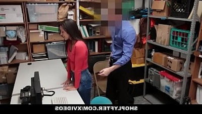 Shoplyfter Hot Teen Caught And Fucked For Stealing On Black Friday