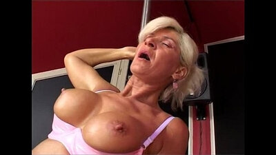 Uncensored Japanese Granny With Amazing Body