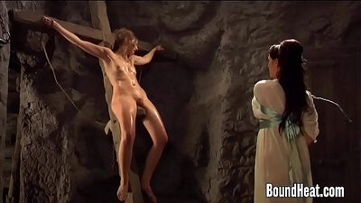 Counded lesbo slave punished with ropes