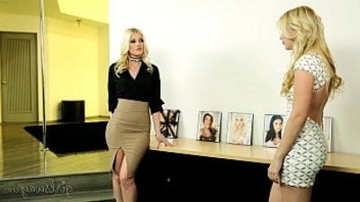 youthful ladysWay Samantha Rone, India Summer, Charlotte Stokely