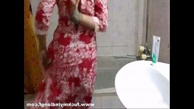indian babe meenal sood in selfshot shower video disrobing naked and exposing