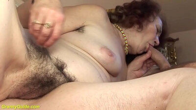 Chubby soccer mom wp ass naked, posed on couch