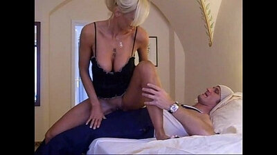 Good porn Euro MILF gets sexy fucked in the back of the van