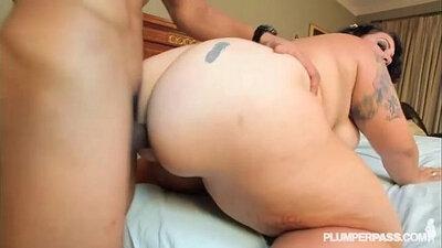 Bbw with a nice firm ass mastubate