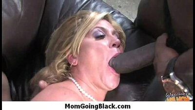 Monster black cock vs white girl into pussy You Will Never Believe