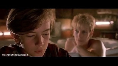 Jamie Lee Curtis in Mothers Boys