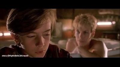 Jamie Lee Curtis in Mothers Boys