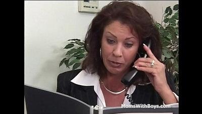 Mature office employee gets a load of cum pik!