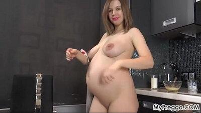 Preggo lady fuck and pussy fingering job