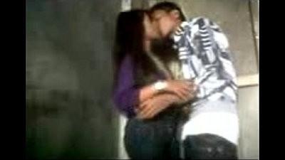 warnet kiss me