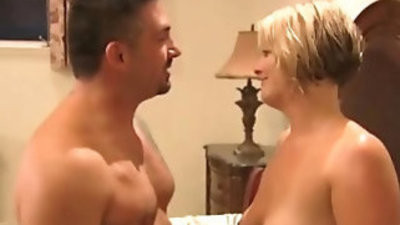 Hot blondies and some drinks turn this reality in a XXX swingers demonstrate