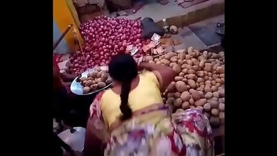 Beautiful aunty lifts up her ass before sucking hard dick