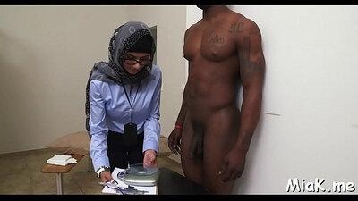 Film nude arab sakruni trahereti che