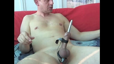 amateurnextdoor use a dildo