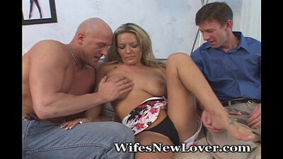 Sexy wife gags on aunt soy kyng
