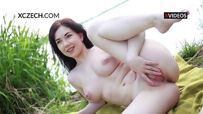girls outdoor masturbation and arse fingering wet pussy