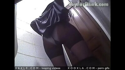 Compilation of young queening part girls doing in music