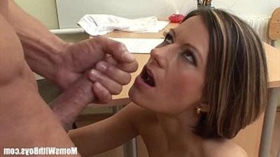 Sexy mummy Veronika Fucked On The Office Table