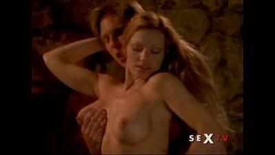 Curvy masseuse Halle Berry bends dudes soft dick