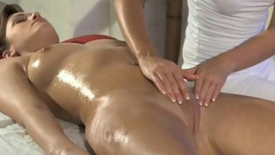 Lesbea Blonde youngster shows how to mball sacage a clit for a great orgasm