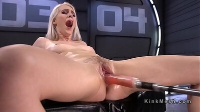 amateur blonde shows off her natural tits and squirts