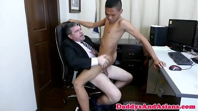 Asian gives a stunning blowjob to her boss